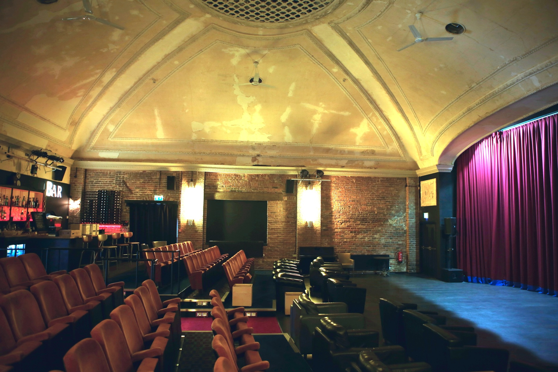 ST LEONARDSKino Teatr 1 copy